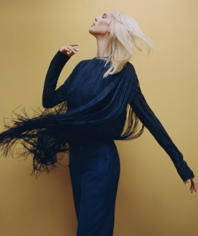 西班牙版《Harper's Bazaar》十一月刊时尚大片 | 摄影 Thomas Whiteside