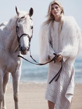 墨西哥版《Vogue》十一月刊时尚大片   摄影 Dean Isidro
