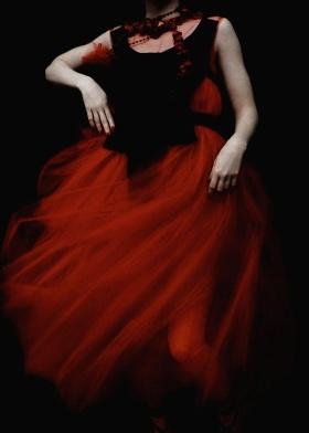 红|Sarah Moon(莎拉·莫恩)