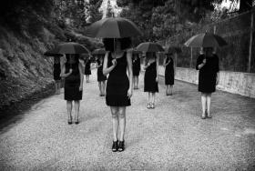 Marjorie Salvaterra 黑白摄影作品《her》