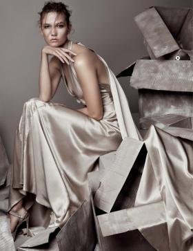 《Vogue》十二月刊时尚大片 | 摄影 Patrick Demarchelier