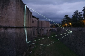 Carlo Bernardini   以光线切分空间