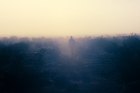 选自摄影师Brian Merriam的I'm Nowhere系列