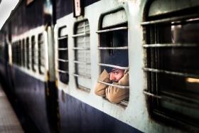 Skander khlif - 满载情绪的火车