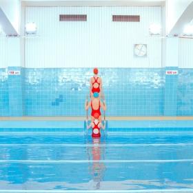 Maria Svarbova   游泳馆 (02)