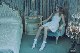 时尚摄影作品欣赏Zoey Grossman。