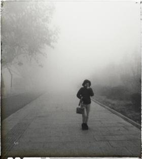 雾霾下的人们