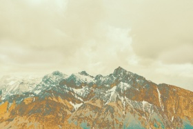 Mountains of Gold | Florian W. Mueller 