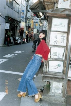 小松菜奈 SLY TOKYO