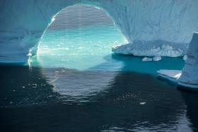 正在消融的北极冰川|摄影师Diane Tuft