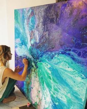 浩瀚星辰 | 26岁瑞典画家Emma Lindström