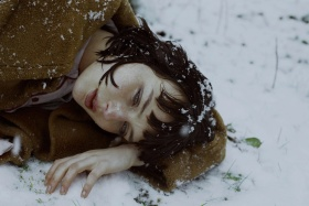 Marta Bevacqua 人像摄影作品【winter】