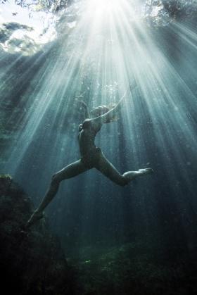 水中舞 |Meaghan Ogilvie