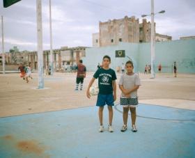 温柔复古的胶片影像,Colby Tarsitano镜头里的古巴