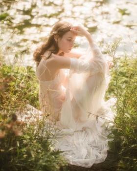 美丽动人的光 | Vivienne Mok 