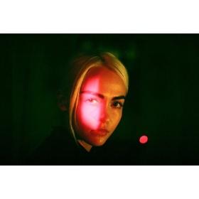 霓虹人像 | Toby Harvard