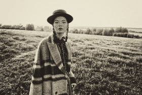 Andrey Yakovlev Lili Aleeva 时尚人像摄影作品【SILENT YELLOW 】