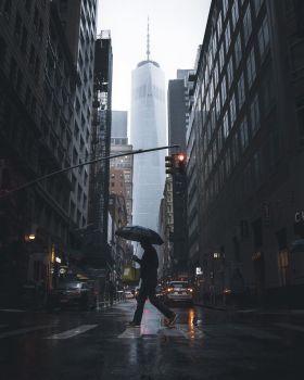 雨中的城市   Nicolas Miller