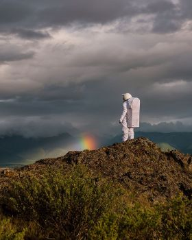 孤独宇航员 | Alexander Ivanec 
