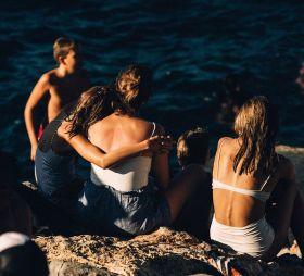 浓烈的色彩 | Robbie Lawrence关于夏天的质感影像