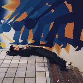 日本街头,那些疲惫的年轻人 | Kenji Kawamoto 