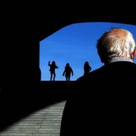 光與影的藝術 | 街頭攝影師Antonio E. Ojeda