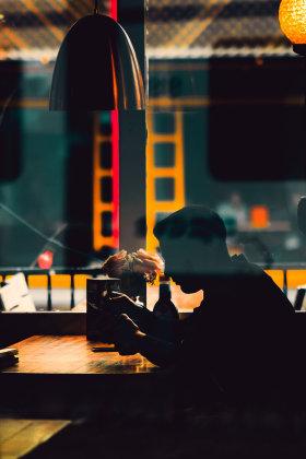 浓烈的色彩 | 摄影师Joep Hijwegen街头影像