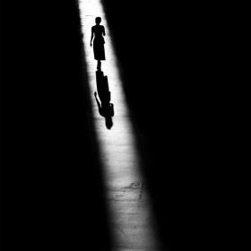 光与影的街头 | 摄影师Alan Schaller